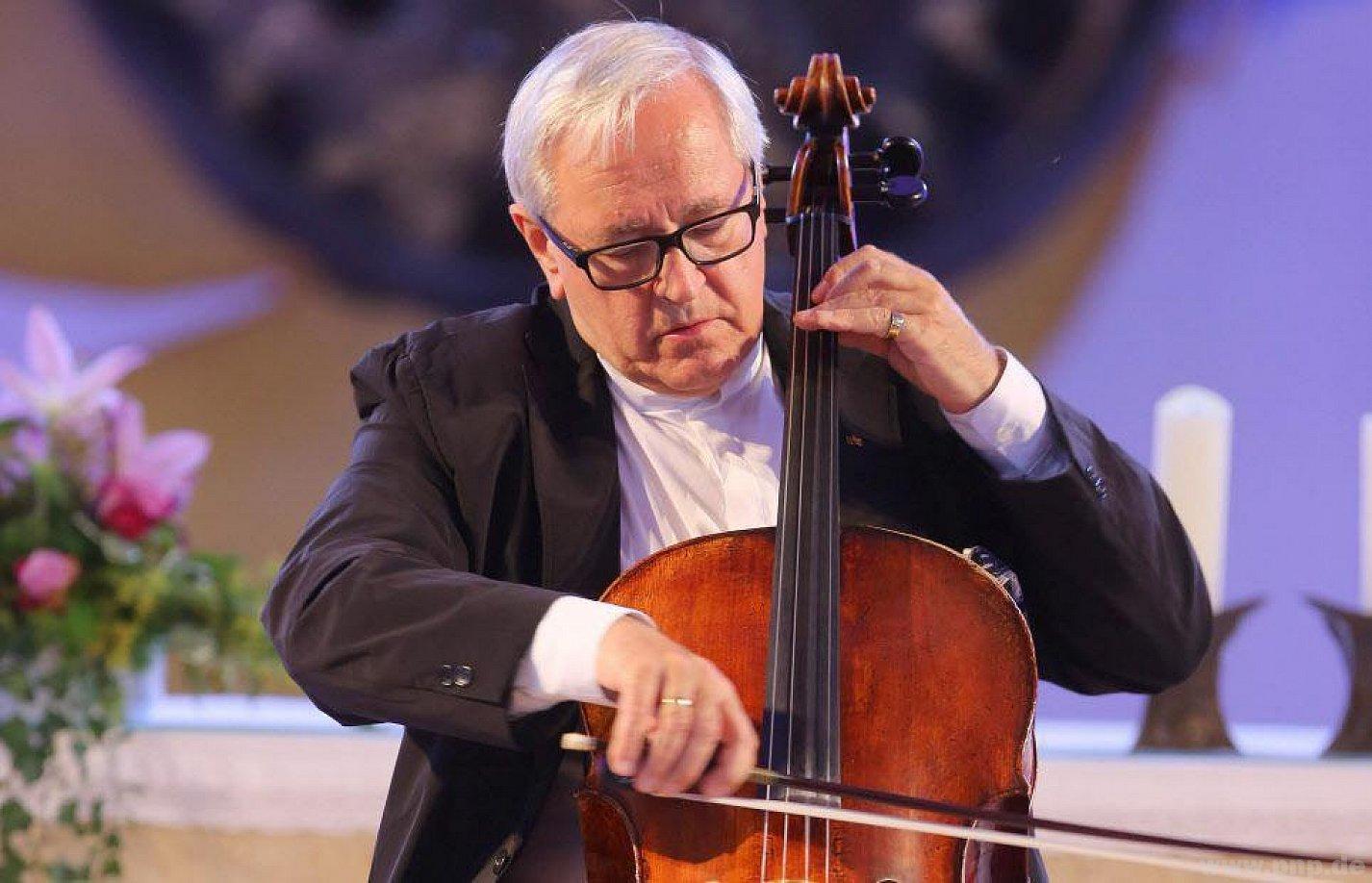 PNP.de   Cello-Star David Geringas betört bei den EW